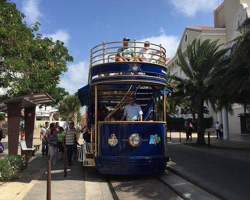Double decker street car