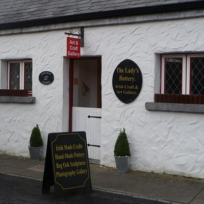 The shop/gallery is a traditional Irish cottage in the center of Cong village with a old half do