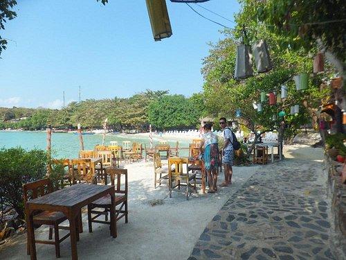 nice restaurants on ao wond duean