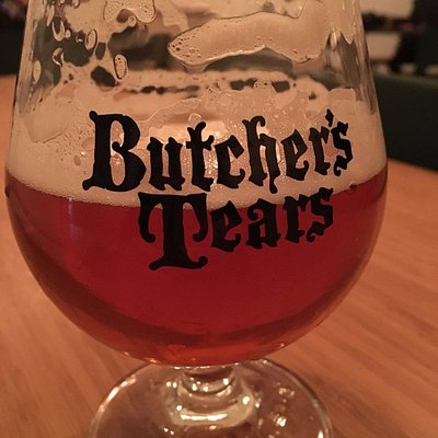 Placeholder American amber ale at Butcher's Tears! Look at that lacing on the glass!