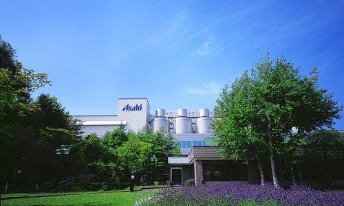 """アサヒビール北海道工場の""""見学ツアー""""。ビールの試飲もお楽しみいただけますよ。"""