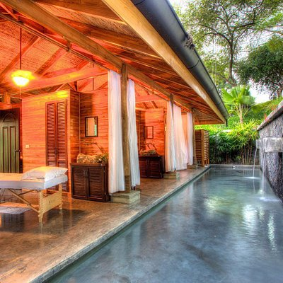 Walk through the jungle path to your own private oasis of tranquility and relaxation