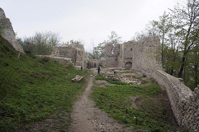 Zamek Bydlin od środka