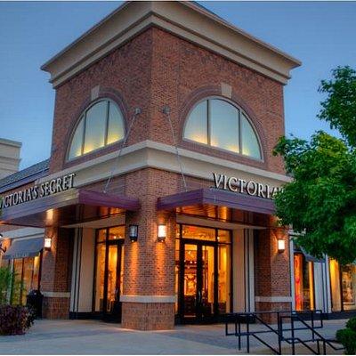 Shadow Lake Towne Center | Main Street