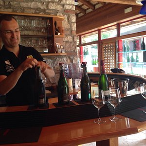 Daniele gave such an interesting & fun tour of his family winery. Delicious Prosecco in particul