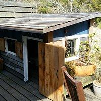 タルトは、タルト生地がサクサクでおいしい!冬は小人用の小屋が建てられます。