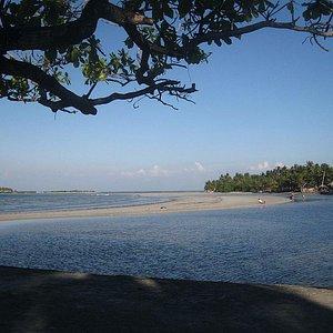 spiaggia vista dal molo