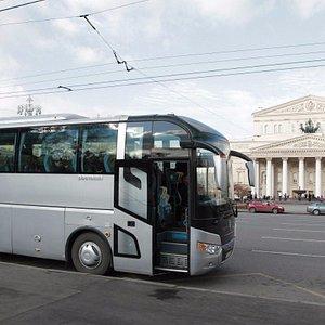 Автобус на Театральной площади