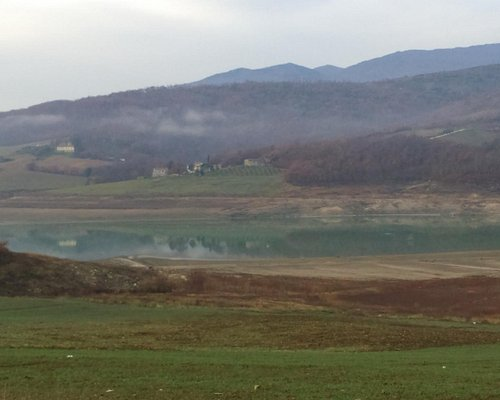 la valle ed il lago