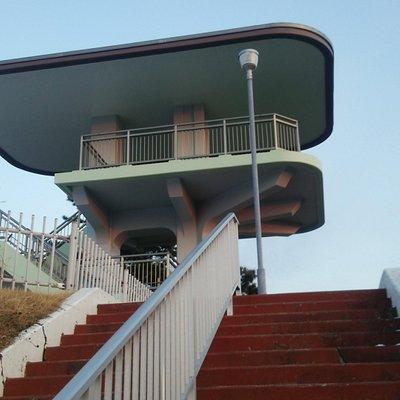 螺旋階段を上ると絶景が