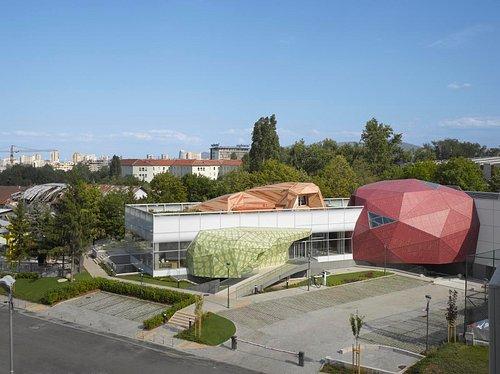 The Building (pic. Roland Halbe for Muzeiko)