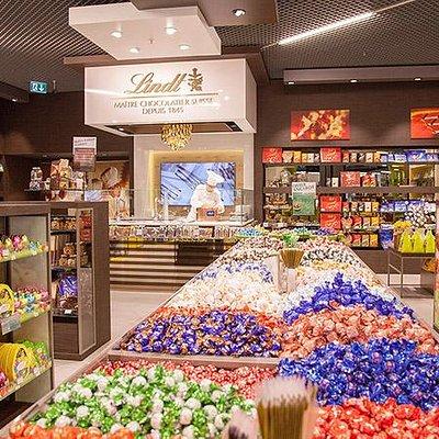 Lindt Chocolate Shop Pick & Mix