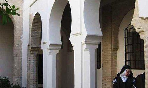 Patio del convento.