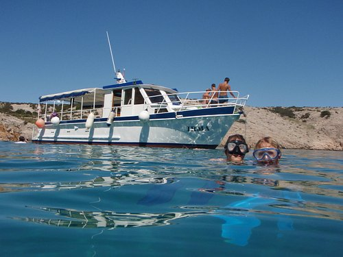 Dive boat, snorkeling and diving