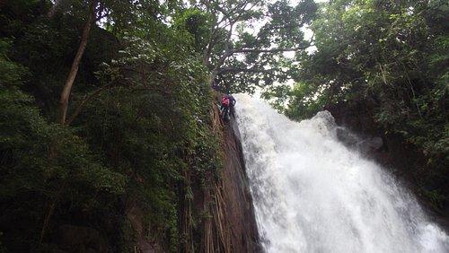 Rapel na Cachoeira do Céuzinho - Campo Grande/MS