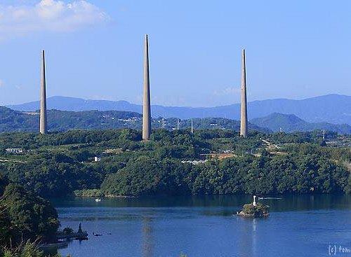 新西海橋から眺める針尾無線塔