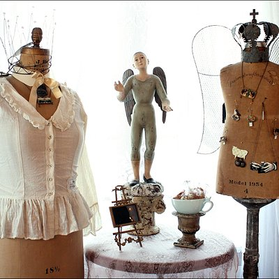 Country French Embellishments