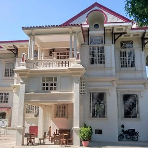 Yusay-Consing Mansion from the side