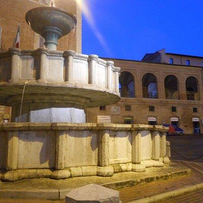 La fontana Sturinalto