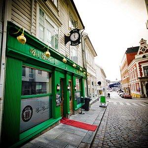 Bar Bache's exterior