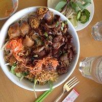 Griiled pork vermecelli bowl.