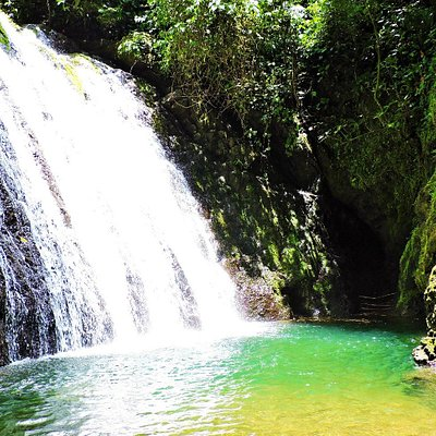 Amazing waterfall in Golfito
