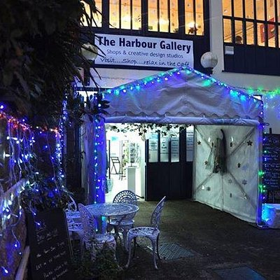 The Harbour Gallery Front Entrace Lit up at Night