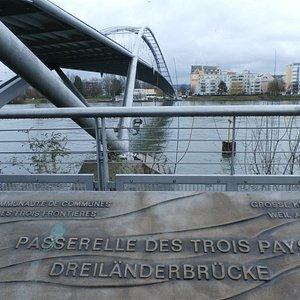 Bridge marker