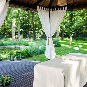 Garden Massage Hut