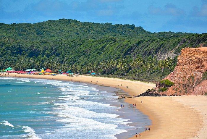 Praia do Madeiro, Tibau do Sul, RN, Brasil