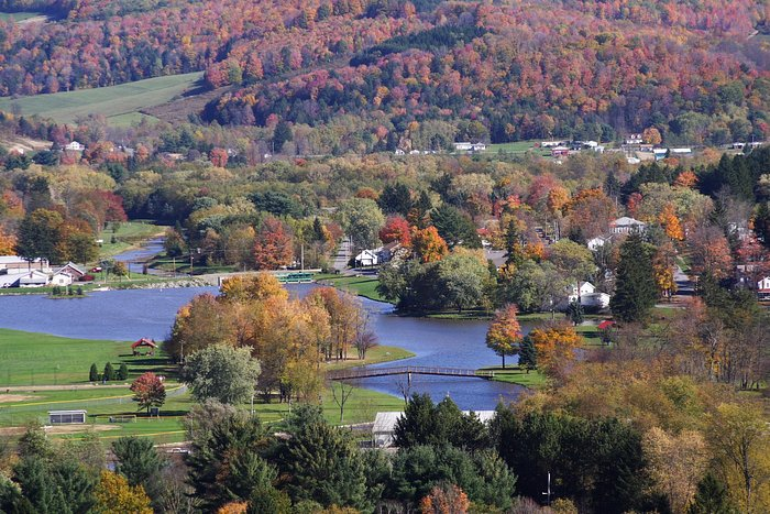 Smethport Mansion District-Hamlin Lake