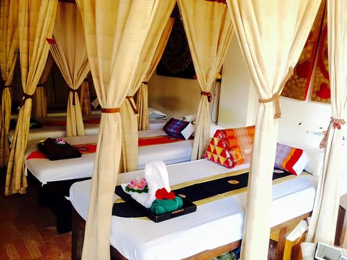 Comfy Bed for Thai and Oil Massage