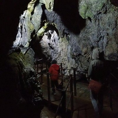 Dambovicioara Cave