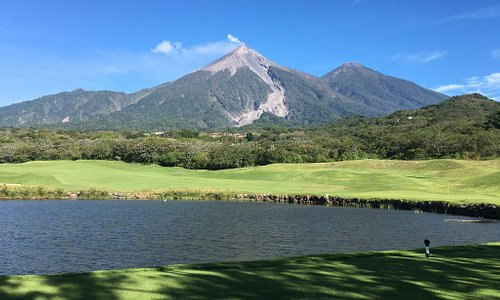 One if not the most beautiful Golf Course in all of Latin America if not the world. A roaring vo