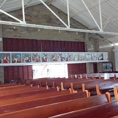 Vista Panorâmica do Interior da Igreja