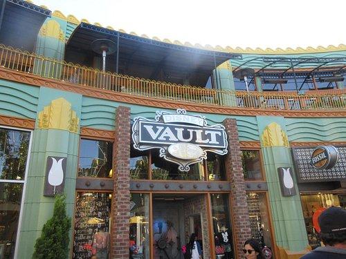 Disney Vault 28, Downtown Disney, Anaheim, Ca