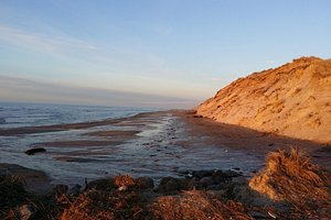 Rett nedenfor Råbjerg Mile ligger denne vakre stranden.