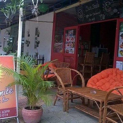 Sun Smile Coffee & Bar