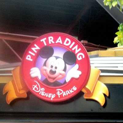 Disney's Pin Traders, Downtown Disney, Anaheim, Ca