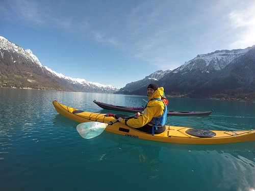 Paddling on lake Brienz in February