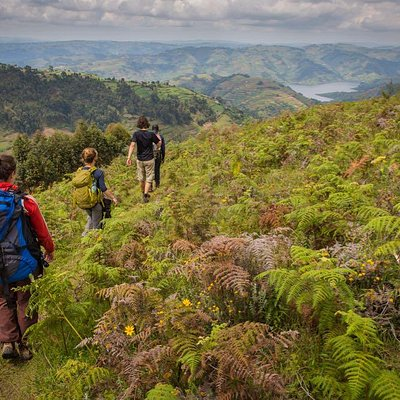Hiking on the western shore of Bunyonyi