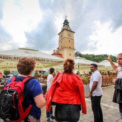 #Brasov. Piata Sfatului: Visita guiada / Guided visit. #holatransylvania www.holatransylvania.co