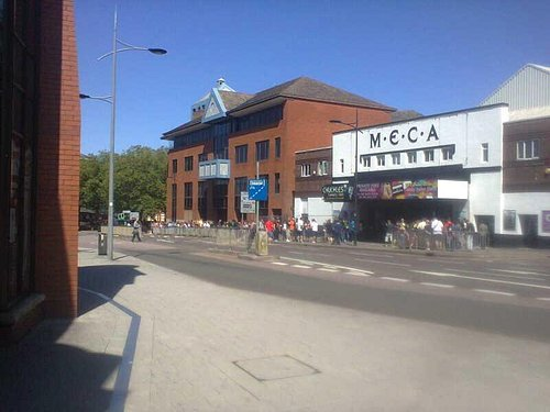 Photo of the queue from the 4FW show in July 2015. Went round the block. Sellout crowd as well