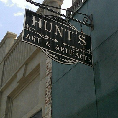 Hunt's Art & Artifacts