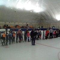 Фото с соревнований по конькобежному спорту памяти Русанова