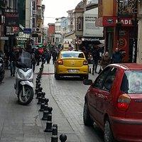 Bir kadikoy sokagi