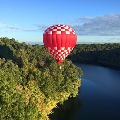 Enjoy a beautiful flight over the Kentucky and Southern Indiana countryside.