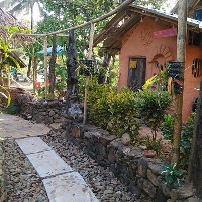 Dindang natural building and living home