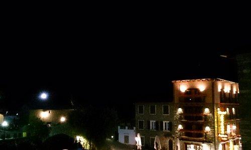 Benasque. De noche magico