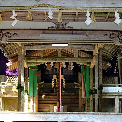波爾布神社本殿飾付け